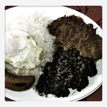 Pabellón, rica comida venezolana